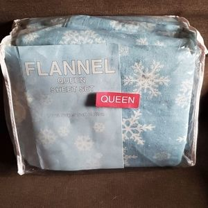 VINTAGE Cozy and Warm Winter Snowflakes Flannel Sh